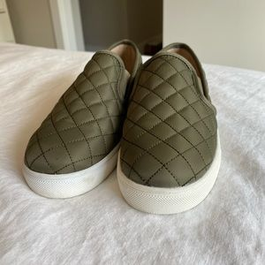 Mossimo army green 6.5 slip on tennis shoes